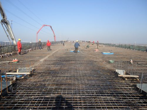 桥梁底座支座安zhuang迁yi案例